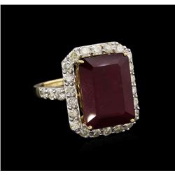 13.63ct Ruby and Diamond Ring - 14KT Yellow Gold