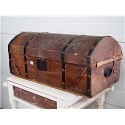 Leather Wrap/Dome Style Trunk