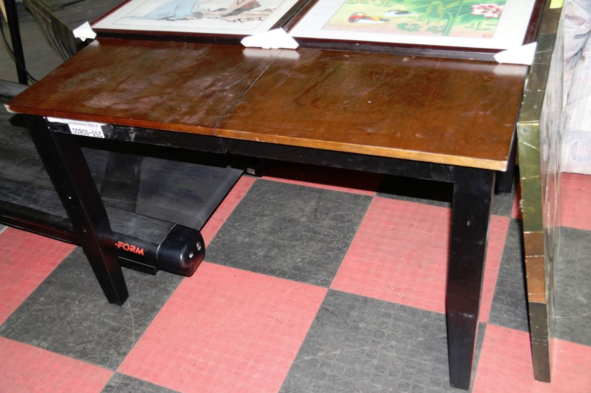 New 2 Tone Kitchen Table Kastner Auctions