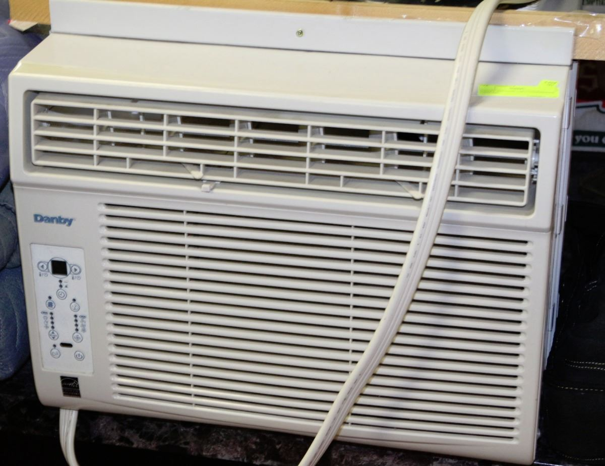 Danby window air conditioner 12000 btu for 12000 btu window ac