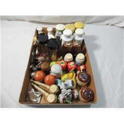 SALT PEPPER COLLECTION LOT VINTAGE ANTIQUE WOOD