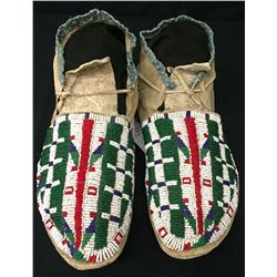 Circa 1900 Sioux Beaded Moccasins