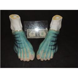 HELLBOY THE GOLDEN ARMY ABE SAPIEN MATCHED PAIR OF HERO FEET ON DOUG JONES FORMS
