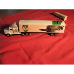 Freightliner highway tractor and trailer