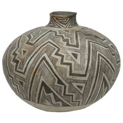 Huge Anasazi Pottery Jar