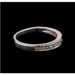 0.33ctw Diamond Ring - 14KT White Gold