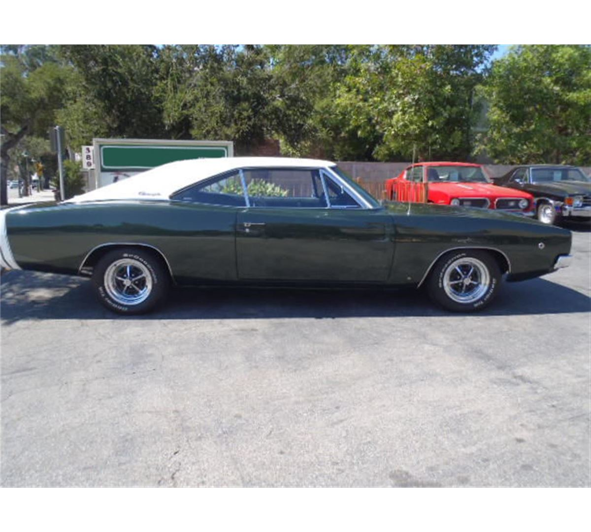 1968 dodge charger 2 door hardtop seized assets auctioneers. Black Bedroom Furniture Sets. Home Design Ideas