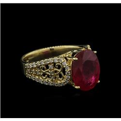 4.35ct Ruby and Diamond Ring - 14KT Yellow Gold