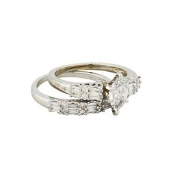 18KT White Gold 1.39ctw Diamond Engagement Ring and Band Set