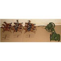 Insteresting old lead toy Britains soldiers and horses and war tools