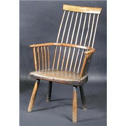 Charmant A 19th Century Ash And Elm Primitive Comb Back Windsor Chair, The Bowed Top  Rail Above A Spindle Ba.