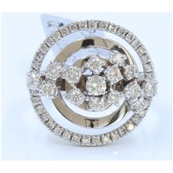 14K WHITE GOLD RING: 9.68g / Diamond: 0.93ct / Diamond: 0.1ct