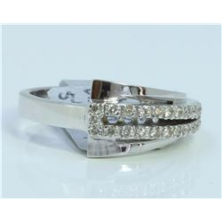 14K WHITE GOLD RING 5.12 GRAM DIAMOND 0.26CT