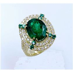 EMERALD SMALL 0.33CT / EMERALD 6.58CT, 18K Y/G RING 13.75GRAM / DIAMOND 1.33CT