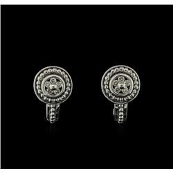 0.15ctw Diamond Stud Earrings - 18KT White Gold