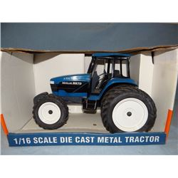 Ford 8970 tractor, 1:16, Spec Cast, NIB