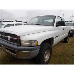 2001 dodge ram 1500 4x4 pickup vin sn 3b7hf12z01g225096 gas engine a t extended cab. Black Bedroom Furniture Sets. Home Design Ideas