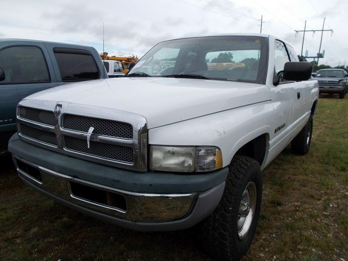 1997 dodge ram 1500 4x4 pickup vin sn 3b7hf13z2vg768633 gas engine a t extended cab. Black Bedroom Furniture Sets. Home Design Ideas