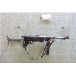 SCHMEISSER ,  MODEL: MP 40 BNZ ,  CALIBER: 9MM