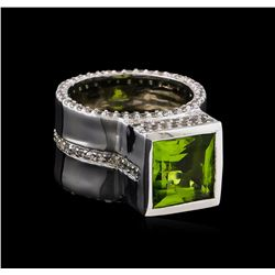 Crayola 3.50ct Peridot and White Sapphire Ring - .925 Silver