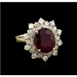 6.67ct Ruby and Diamond Ring - 14KT Yellow Gold