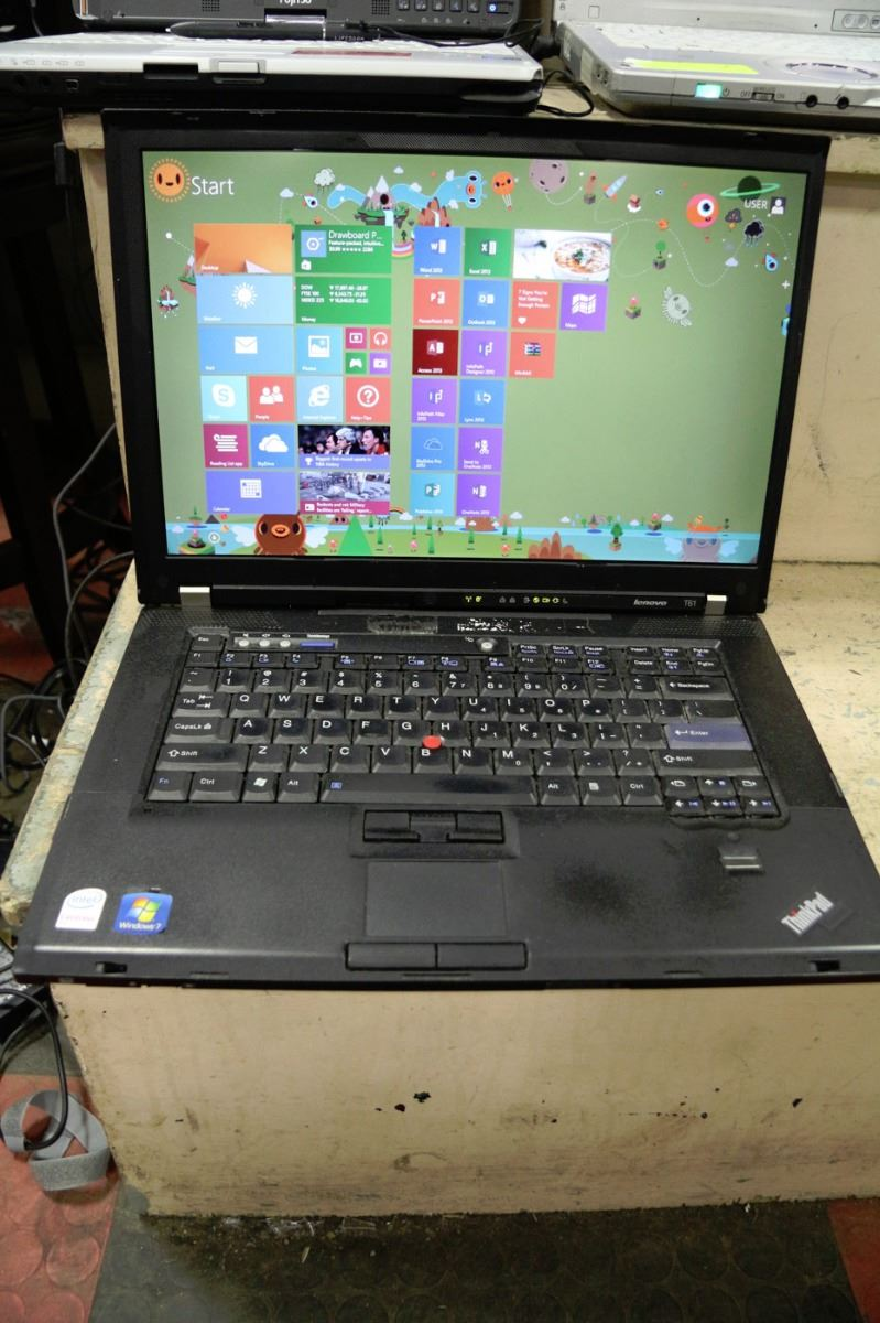 BUSINES CLASS LENOVO THINKPAD T-SERIES LAPTOP WIN8 - Kastner Auctions