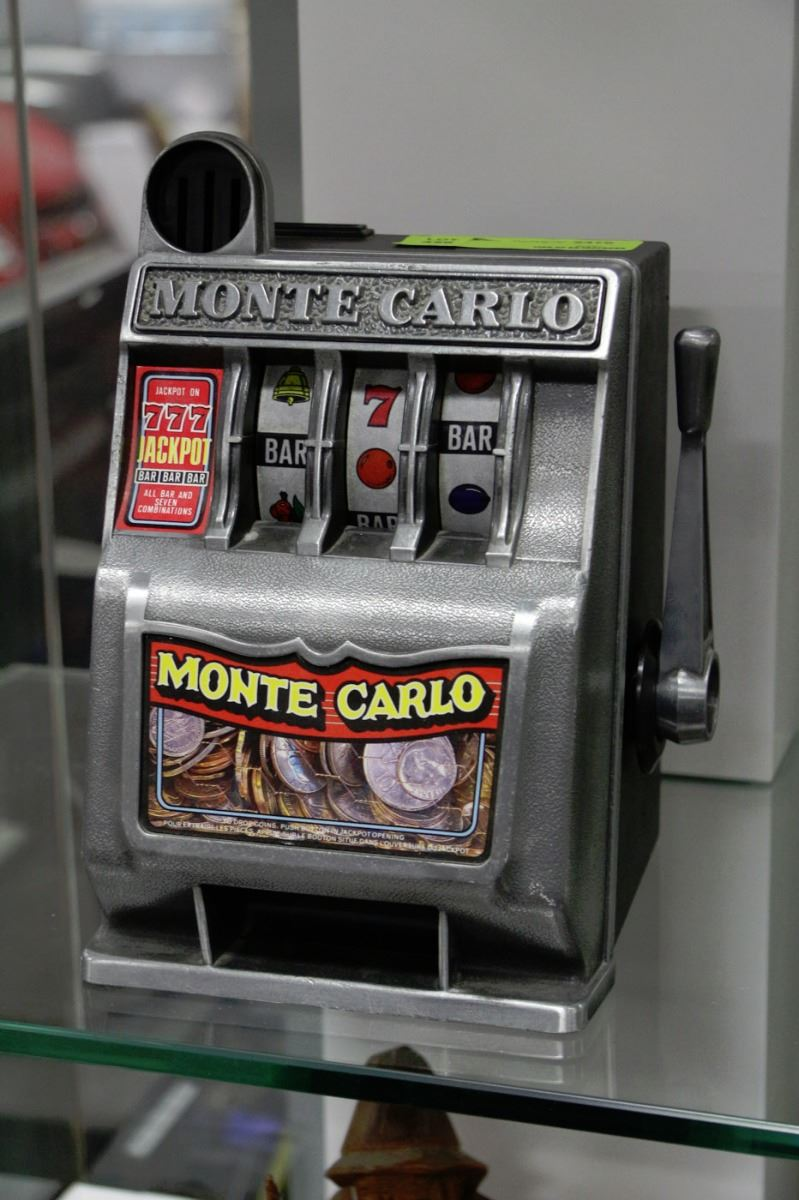 Monte Carlo Slot Machine