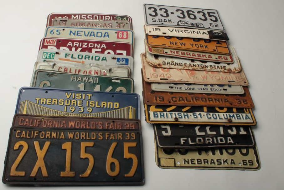Bonanza lot of 24 old license plates ranging from the 1930\'s to ...