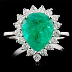 18K White Gold 2.32ct Emerald & 0.56ct Diamond Rin