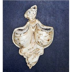 WHITE CAST IRON LADY WALL MOUNT WALL POCKET
