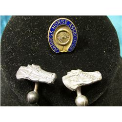 "Pair of Antique Horse Head Cufflinks & ""Harness Horse Association"" Collar Button, missing the screw"