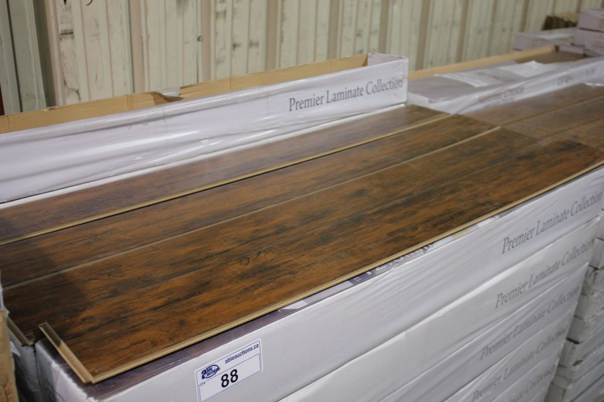 Premier amazone brown 12 3 mm wide plank laminate flooring for 12 mm thick floor tiles