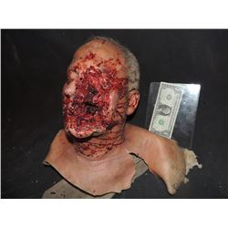 SEVERED ROTTEN BLOODY ZOMBIE HEAD A GRADE 07