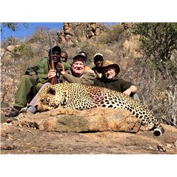 14 Day Baited Leopard Hunt for 1 Hunter in Zimbabwe