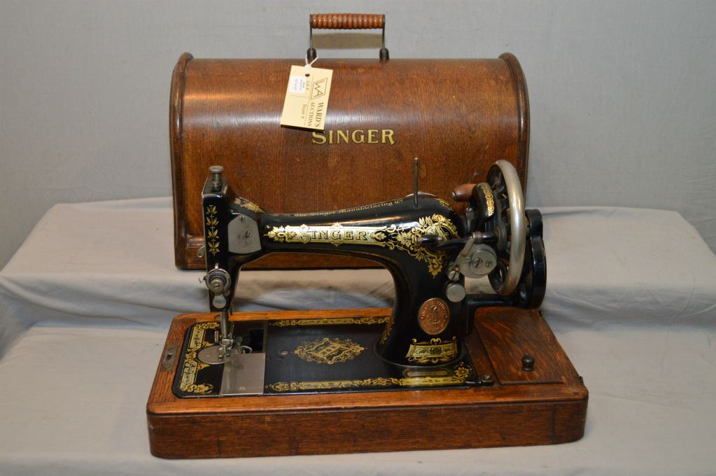 Antique Singer Portable Sewing Machine In Oak Case Awesome Vintage Singer Portable Sewing Machine