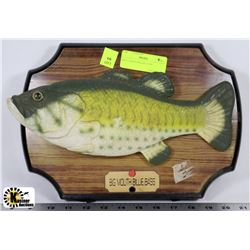 3 estate antiques jewelry auction main event page for Billy bass fish