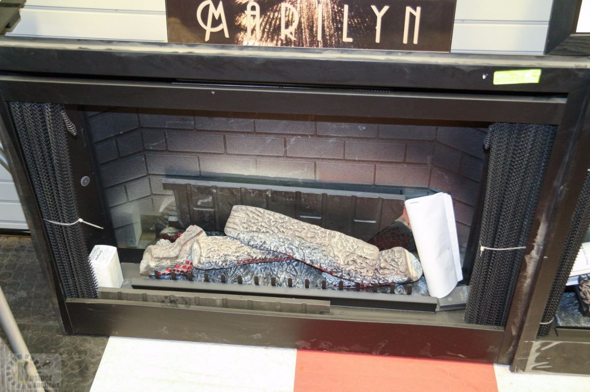42 Dlx Optiflame Electric Fireplace Brand New On