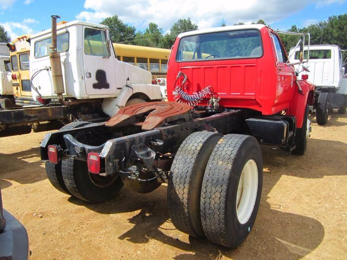 1990 ford f800 truck tractor vin sn 1fdxk84a7lva31436 ford diesel rh liveauctionworld com Jeep Wrangler Manual Ford F800 Wiring-Diagram