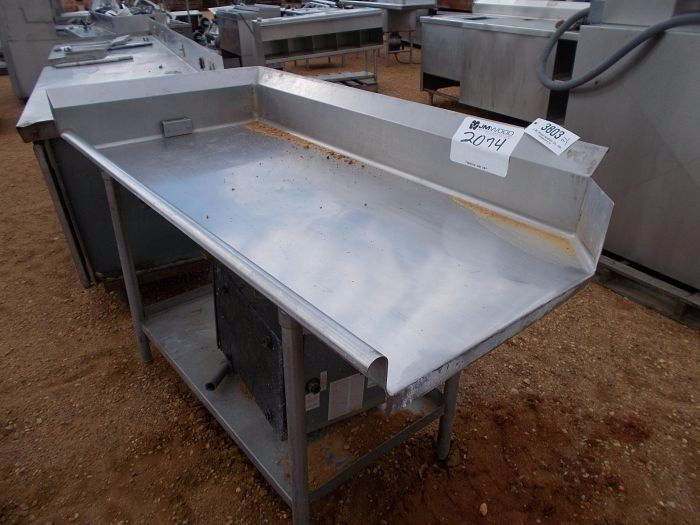 X STAINLESS STEEL DISHWASHER TABLE JM Wood Auction - Stainless steel dishwasher table