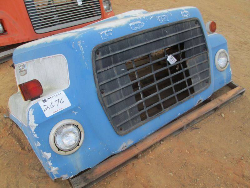 Ford 600 Tractor Hood : Ford truck tractor hood j m wood auction company inc