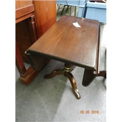 Mahogany Drop Leaf End Table