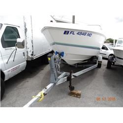 2000 Wellcraft Excalibur 23' Performance Cuddy