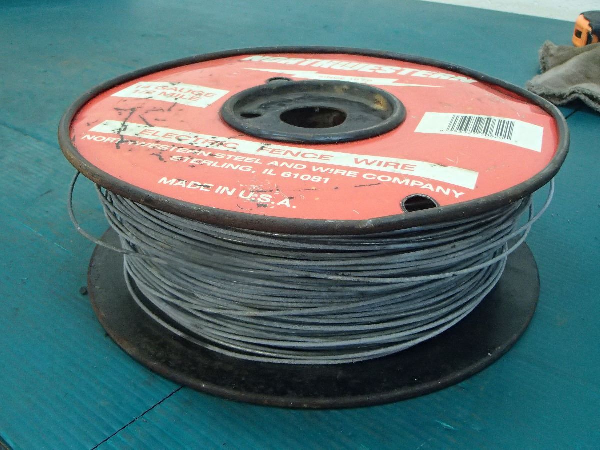 Northwestern 14 Gauge 1 2 Mile Electric Fence Wire Image