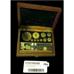 * Antique Boxed Set of L Dertling London Scale Weights