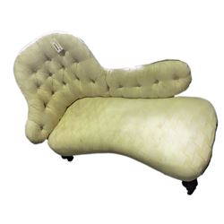 * Antique Chaise Longue with Button Back