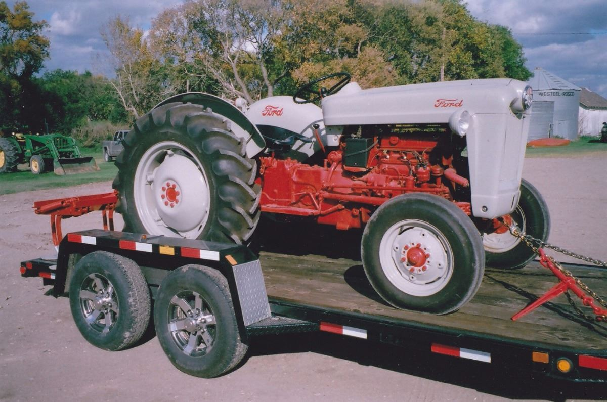 Ford 800 Tractor : Ford tractor
