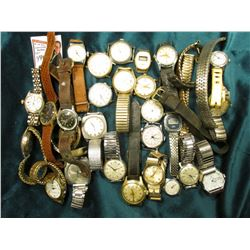 Large Group of Old Men's Wrist Watches. Never checked to see if any worked.