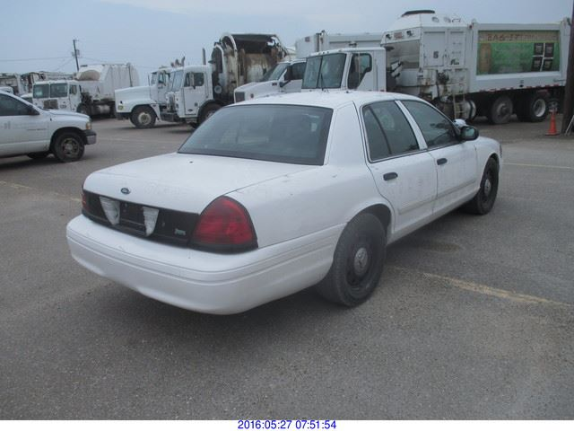 2009 Ford Crown Victoria photo - 8