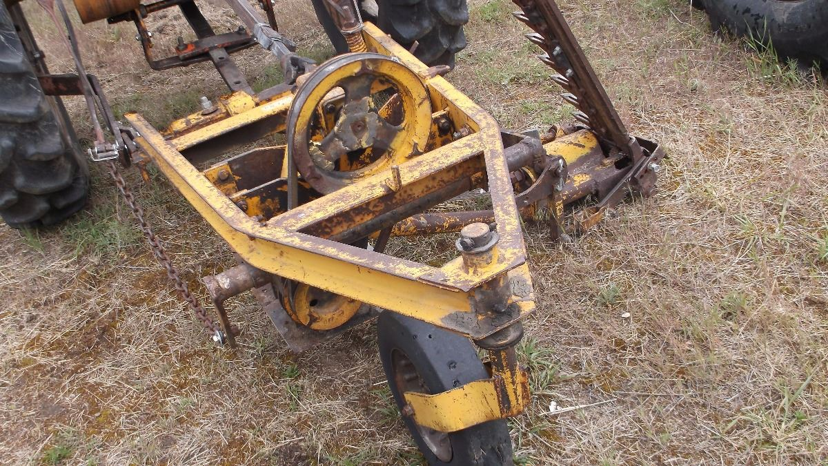 Sickle Bar Mower 3 Point : Bf avery mm tractor with sickle bar point mower