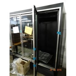 Hussman 3 Door Freezer Merhandiser - Right Door Needs Service to Stay Closed Tested to 36deg